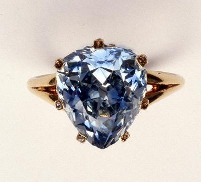 This 5.45 carat beauty, was once owned by Marie-Antoinette. Although you cannot actually purchase the ring anymore..you CAN buy a picture of the ring. I know. Amazing.