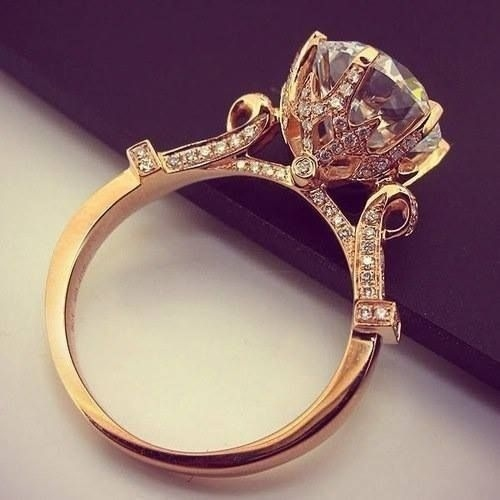 This is definitely a ring setting fit for a Princess.